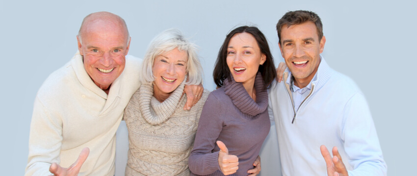 How to Fix Broken Dentures? Understand What To Do & What To Avoid